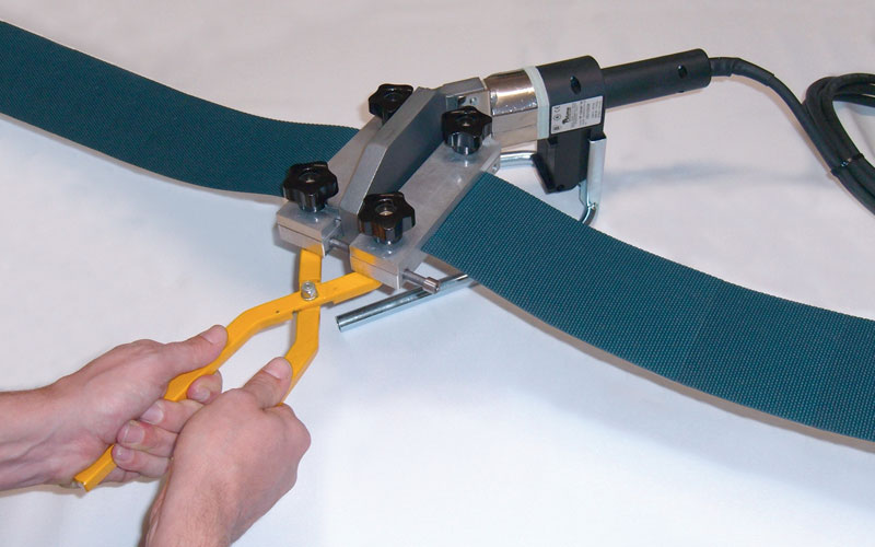 Thermowelding kit for PU elastic belts